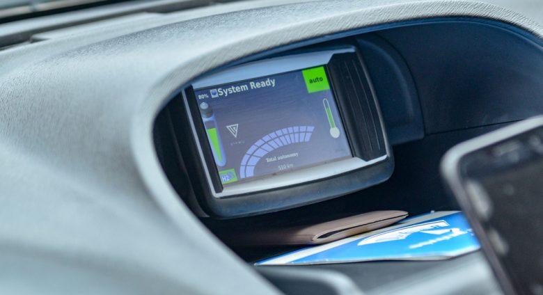 Tableau de bord voiture hydrogène